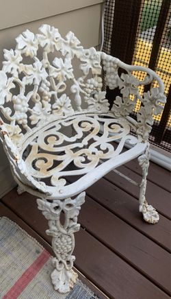 Cast iron Garden Table and chairs set Thumbnail