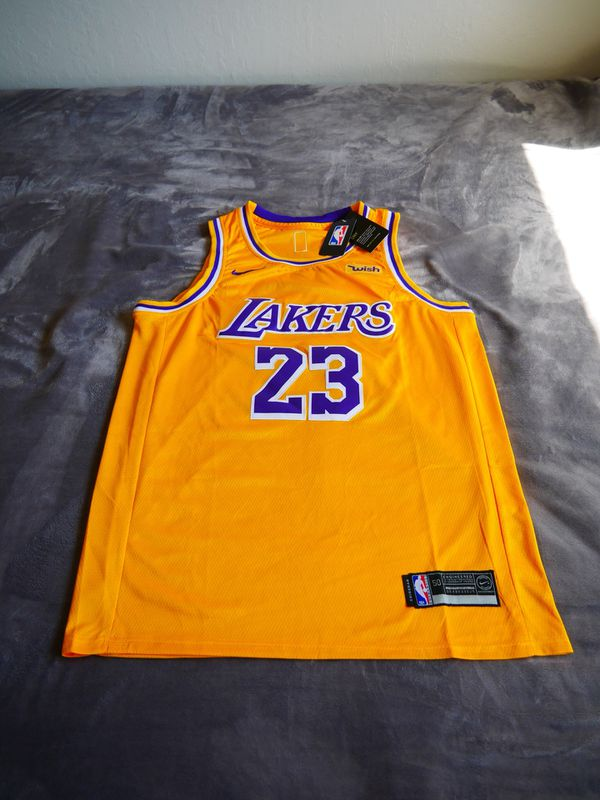 best website 07c56 ddb51 New Lebron James Lakers jersey Sz Large for Sale in Fremont, CA - OfferUp