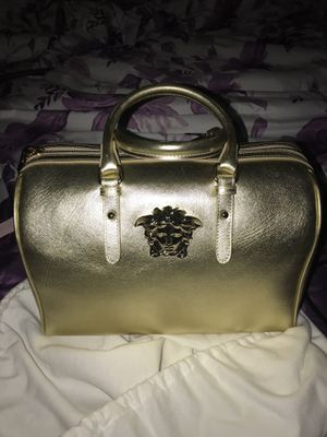 15c8b149336 New Versace handbag with tags and receipt for Sale in Hurst, TX