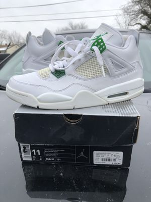 "2004 AIR JORDAN 4 "" CLASSIC GREEN for Sale in Oxon Hill, MD"