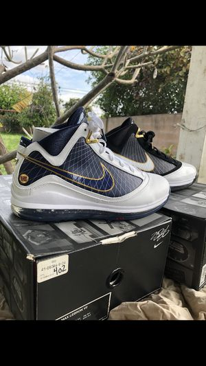 c5c5b400d Nike air max lebron 7 size 10 for Sale in City of Industry