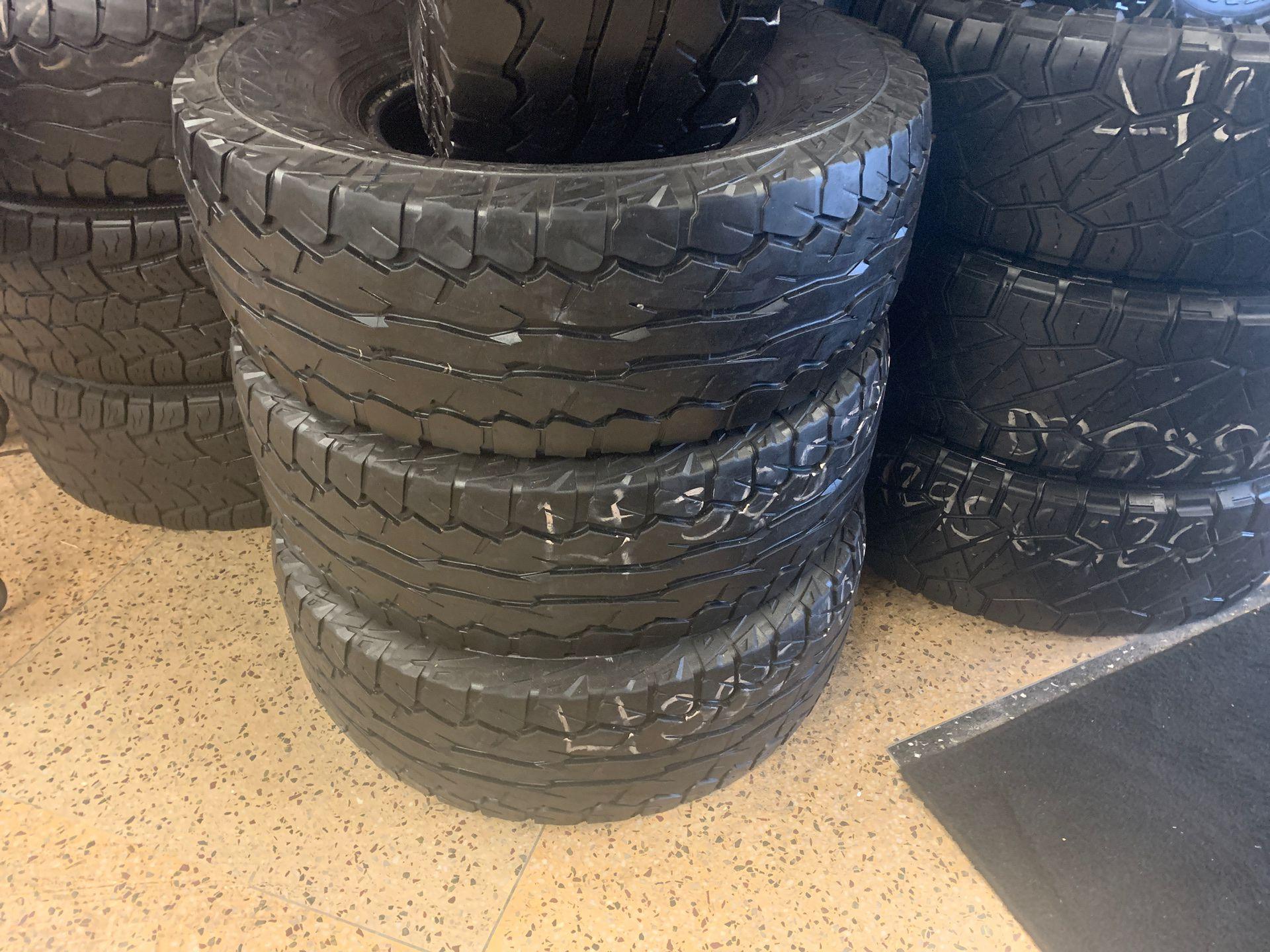 Used set LT 305-70R16, Falken tires
