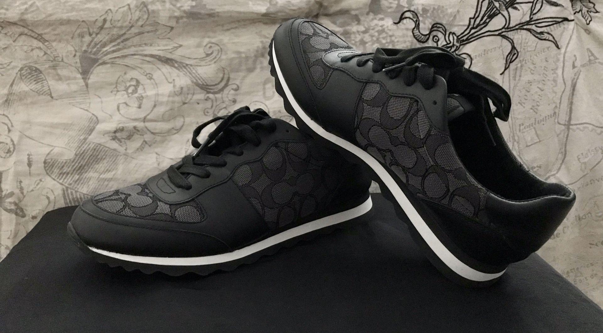 Coach Signature Jogger- Size 9, Smoke/Black