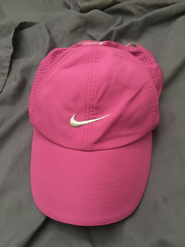 Nike Golf Hat Pink for Sale in Sacramento 5e45362eb60