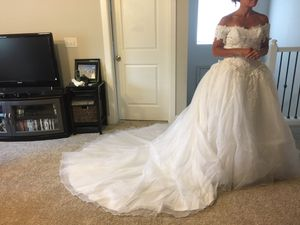 Wedding gown for Sale in Gig Harbor, WA