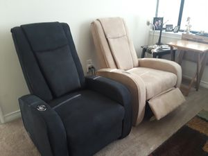 New Massage Chair Recliner theater style massages for Sale in Dallas, TX