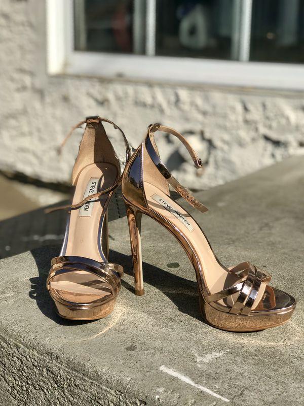 e5bb190859a4 Steve Madden - Rose Gold Cassandra Heel for Sale in Downey