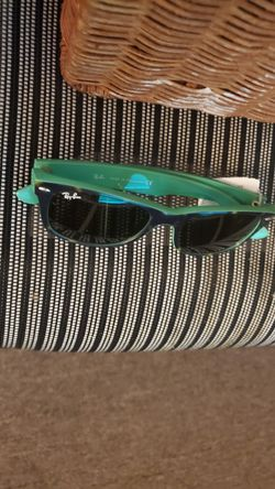 Free sun glasses if you buy any stuff from my page Thumbnail