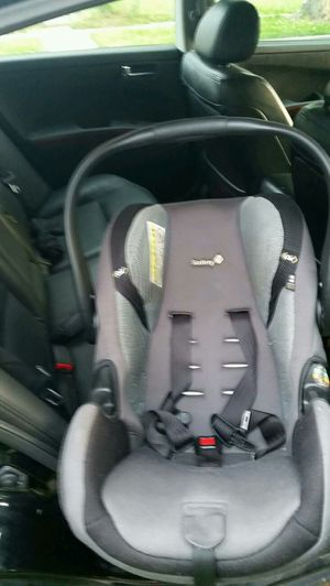 Safety first car seat for Sale in Adelphi, MD