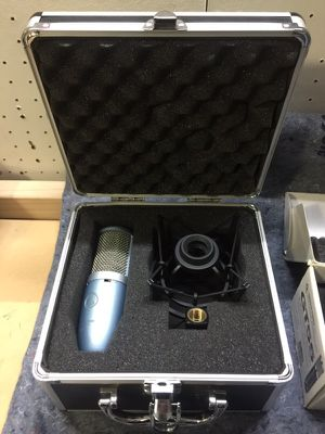 Studio/microphone/audio/akg for Sale in Orlando, FL