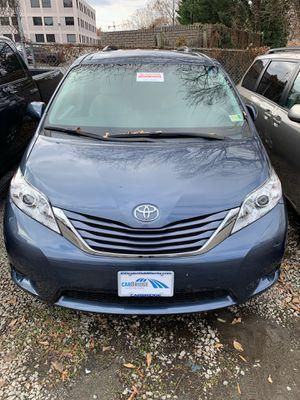 2015 Toyota Sienna LE for Sale in Alexandria, VA
