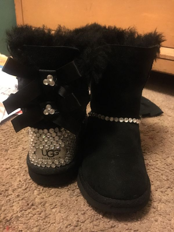 52243138dd4 10c toddler Ugg boots size 10 for Sale in Graniteville, SC - OfferUp