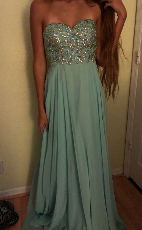 a3aa5738c0c0e Prom dress from La Casa Hermosa for Sale in Wellington, FL - OfferUp