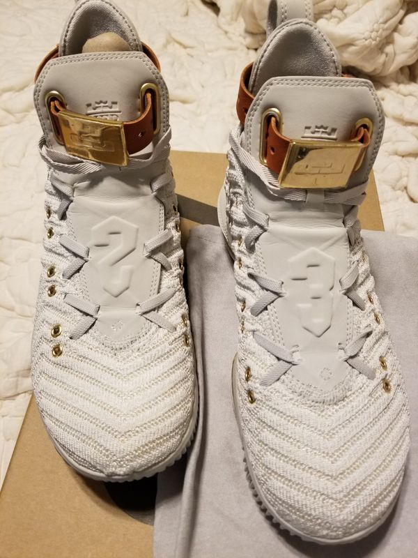 832ef88e7eddf Womens HFR X lLebron 16. Size 7.5 for Sale in Owings Mills