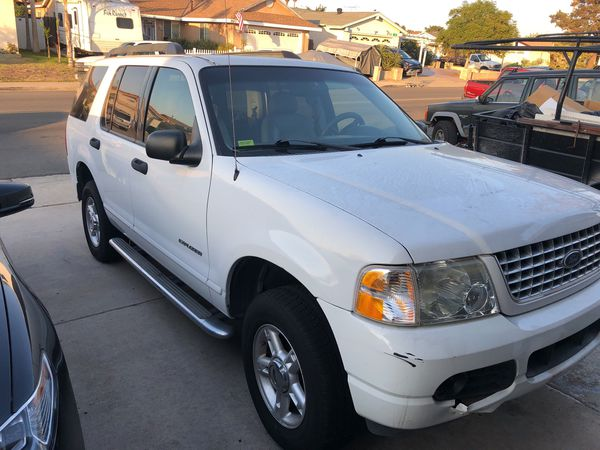 2005 Ford Explorer Runs Great Need To Charge Battery And A New Gas Sensor Rebuilt Transmission Spark Plugs