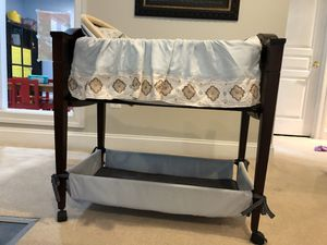 Infant wooden bassinet for Sale in Rockville, MD