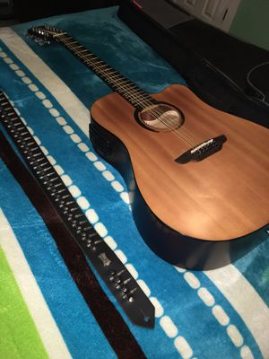 12 string guitar/requinto for Sale in Fort Worth, TX