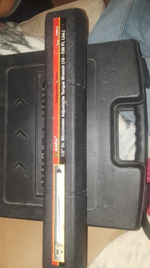 AmPro 1/2 Dr. Micrometer Torque Wrench for Sale in Falls Church, VA