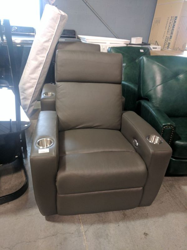 Power Leather Theatre Recliner for Sale in Vancouver, WA - OfferUp