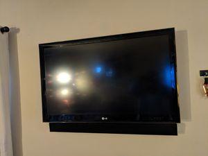"LG 42"" Ultra Slim Multi System LED TV 42LE5300 for Sale in Lanham, MD"