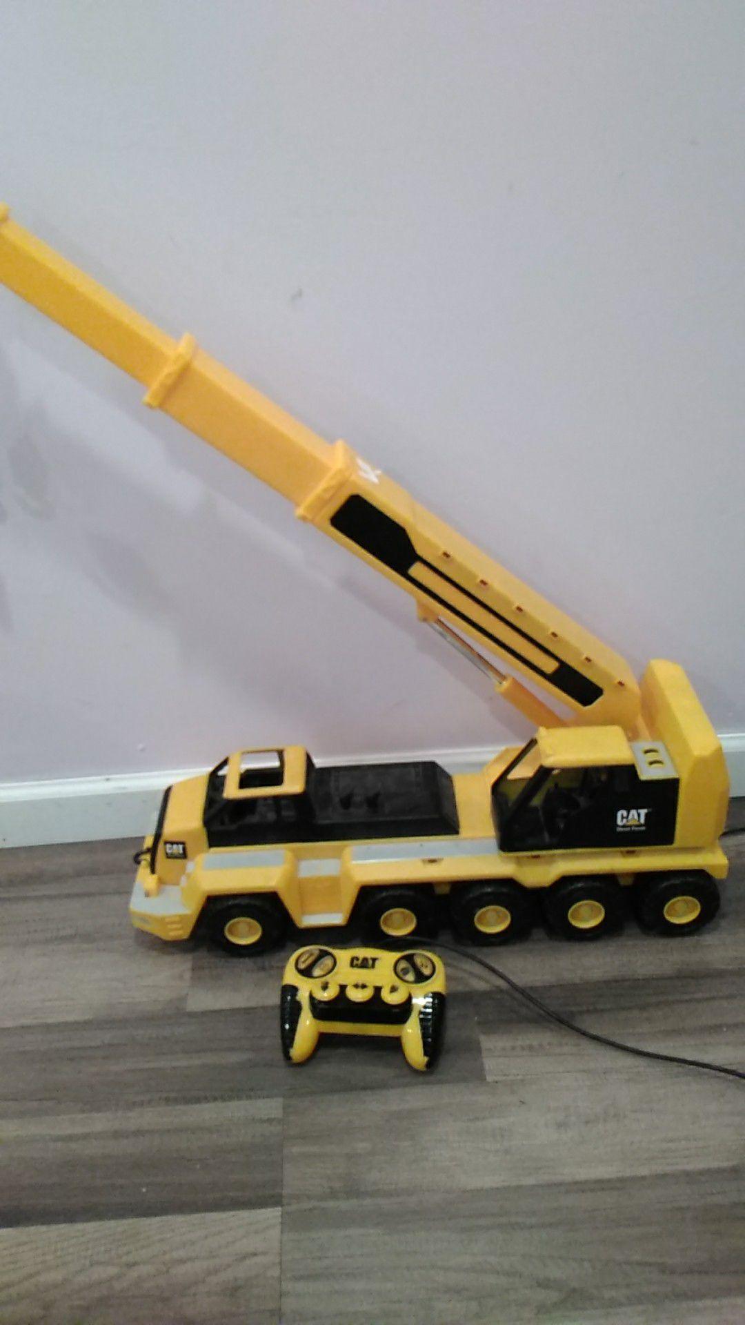 CAT crane battery operated