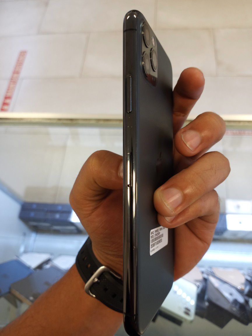 IPHONE 11 PRO MAX 64GB TMOBILE TAKE IT HOME JUST FOR  $50 DOWN PAYMENT OR $790 CASH/CARD DEAL