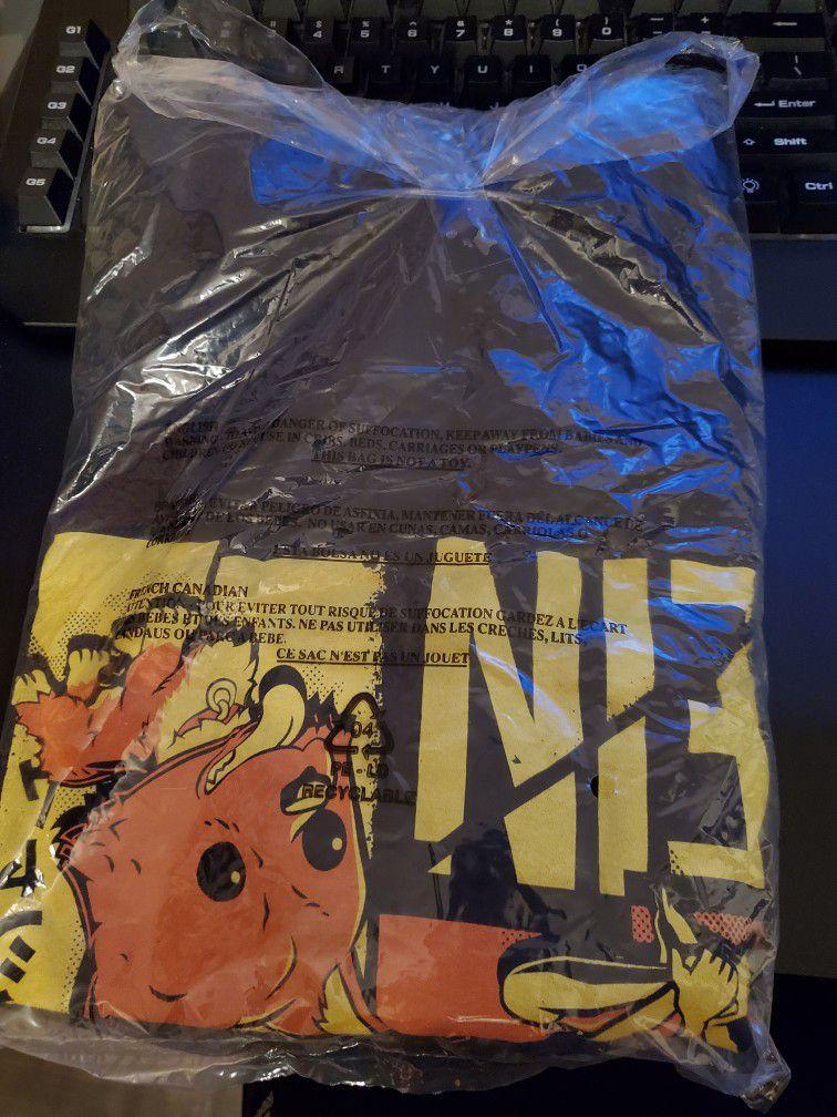 Ein Funko POP! with Tee Size XL