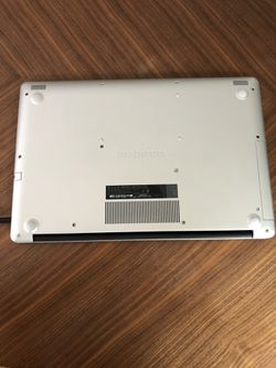 DELL Inspiron 3793 - 17 inch - core i7, 16gb RAM. Thumbnail