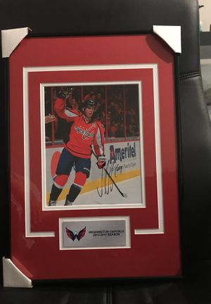 Washington capitals!!! Very nicely framed Nicklas Bäckström autographed photo for Sale in Gaithersburg, MD