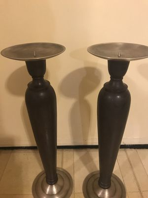 """Set of 2 brown wood brass candle holders 21"""" click on my profile picture for more listings interested message me pick up in Gaithersburg Maryland 208 for Sale in Gaithersburg, MD"""