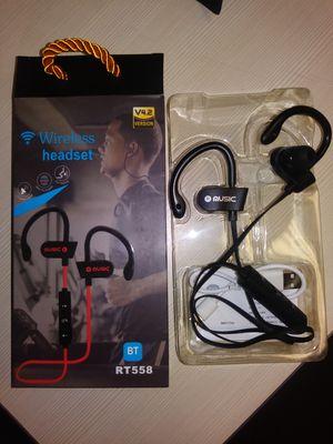Bluetooth headphones (NEW) for Sale in Sandy, UT