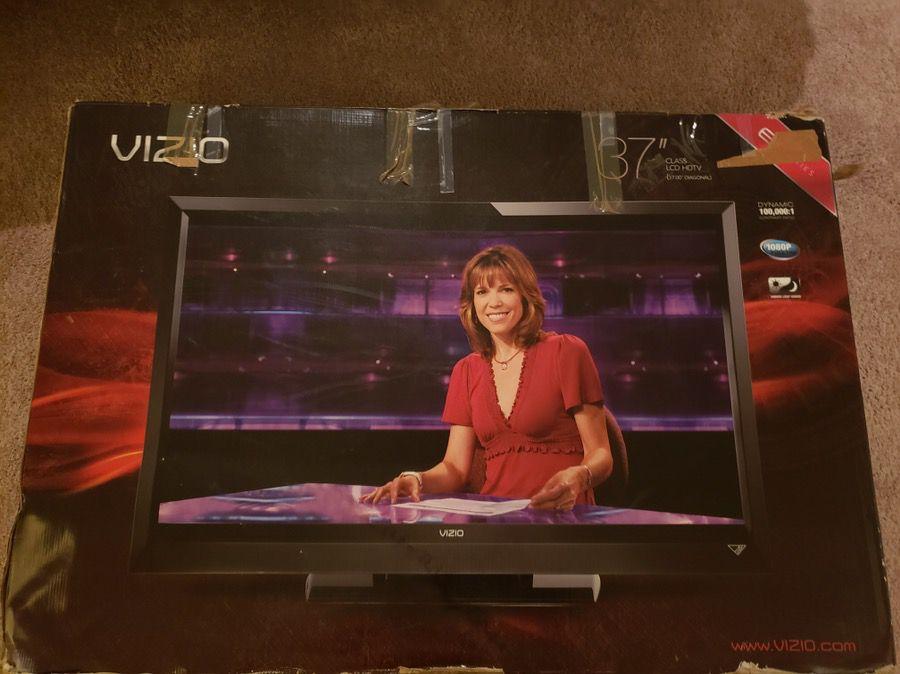 37 inch Visio HD TV like new w box $90