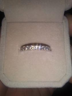 14k. 1.0 kt size 7 Wedding Ring 12 Diamonds Total Thumbnail