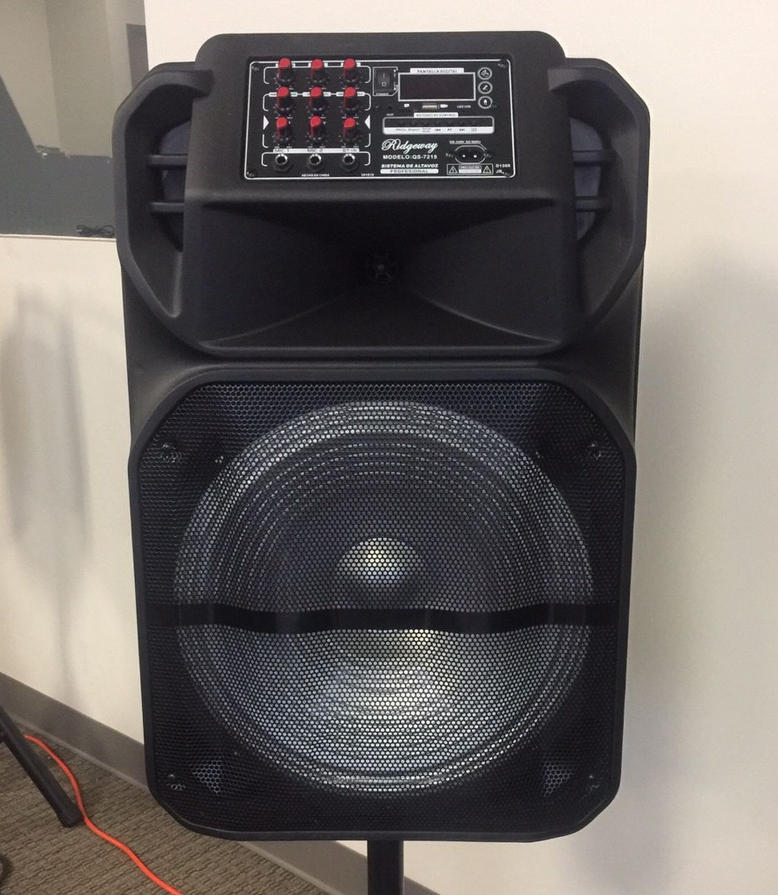 Bluetooth Speaker/rechargeable/15 Inch/fm/aux/USB Slot/SD Port/microphone Included/karaoke Speaker/huge Variety/new!!