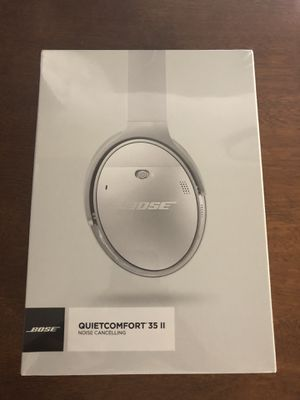 BRAND NEW BOSE QC35II WIRELESS BLUETOOTH HEADPHONES! for Sale in Philadelphia, PA