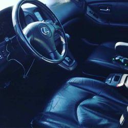 2001 Lexus IS 300 Thumbnail