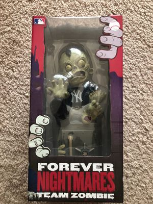 Forever Collectibles New York Yankees Zombie Figurine Bank for Sale in Windermere, FL