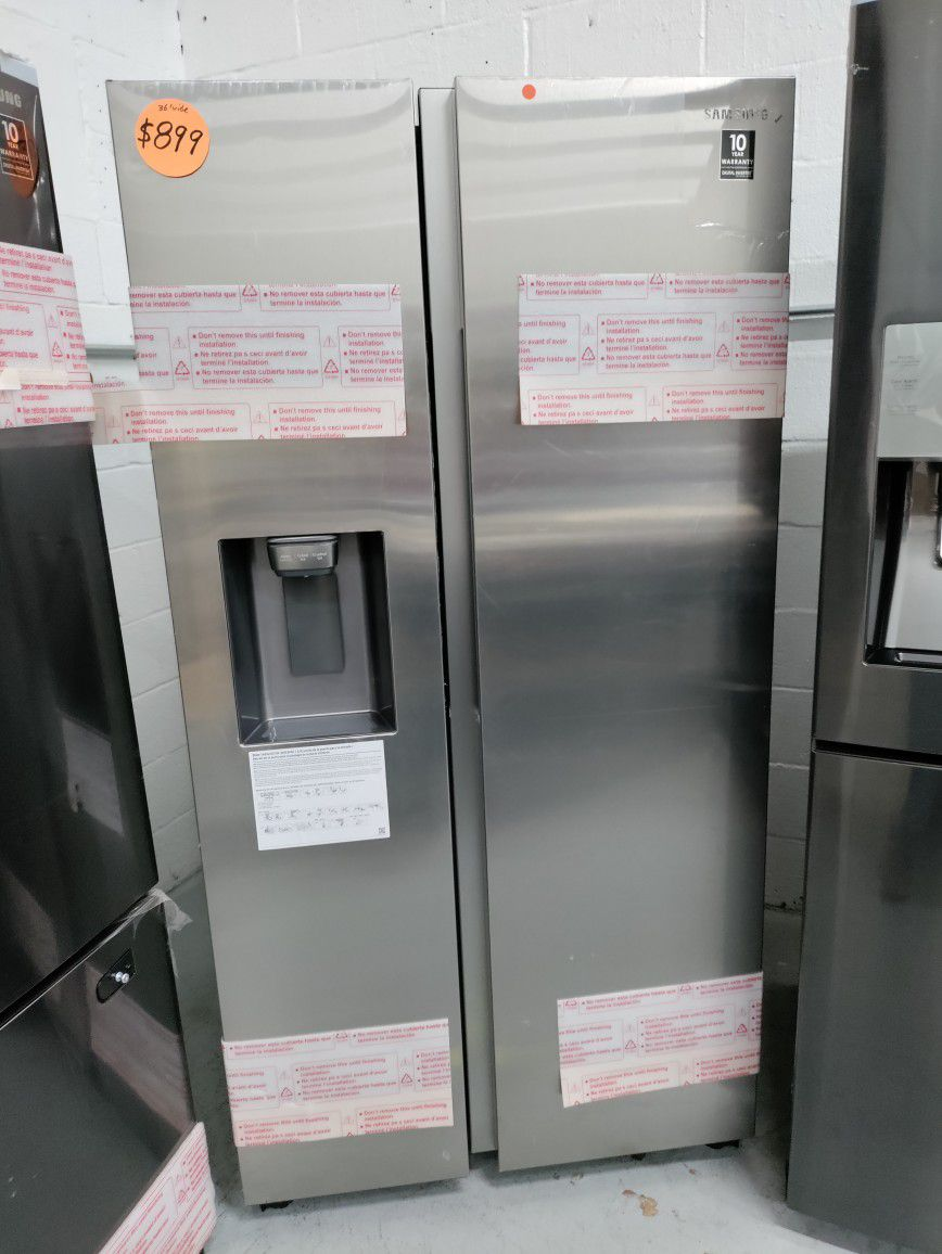 Samsung Side By Side Refrigerator 36' Wide, New Scratch And Dent