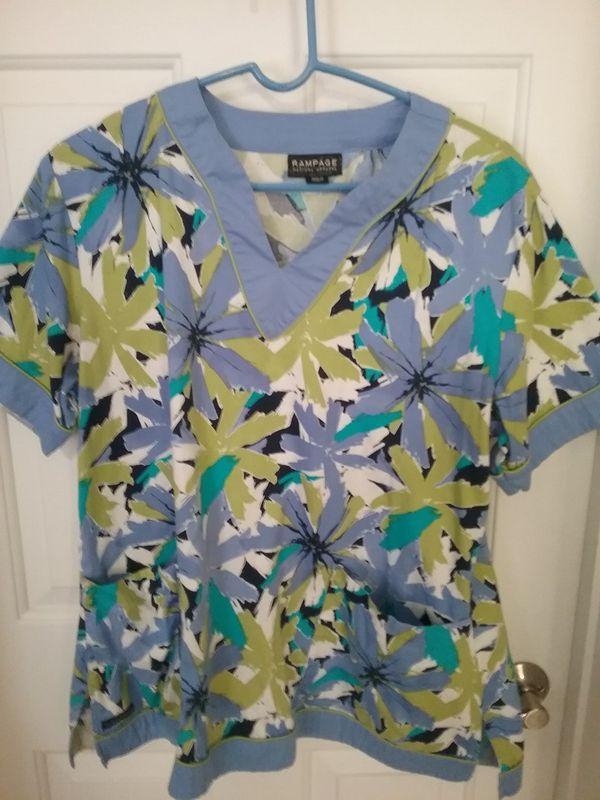 00e34af9573 Nurse Uniform Scrub Tops for Sale in Charleston, SC - OfferUp