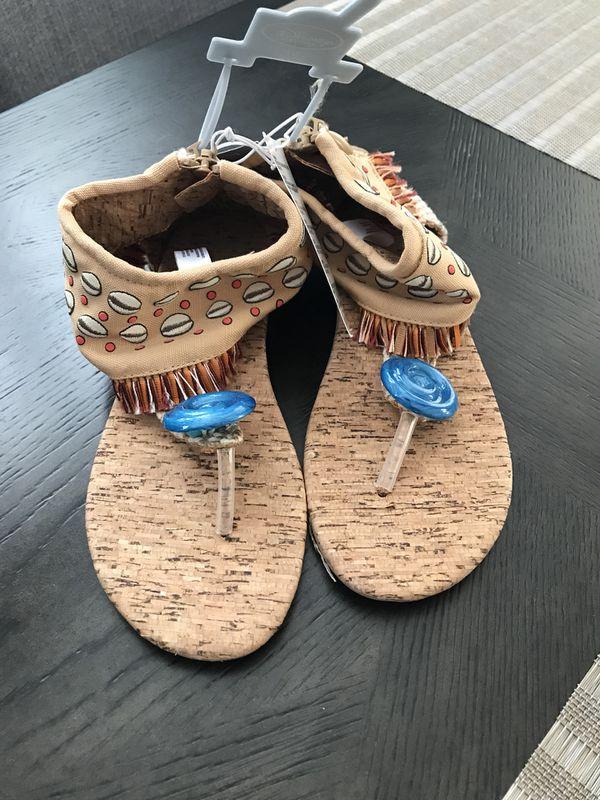 b7edb910c358d7 Moana sandals for Sale in San Diego