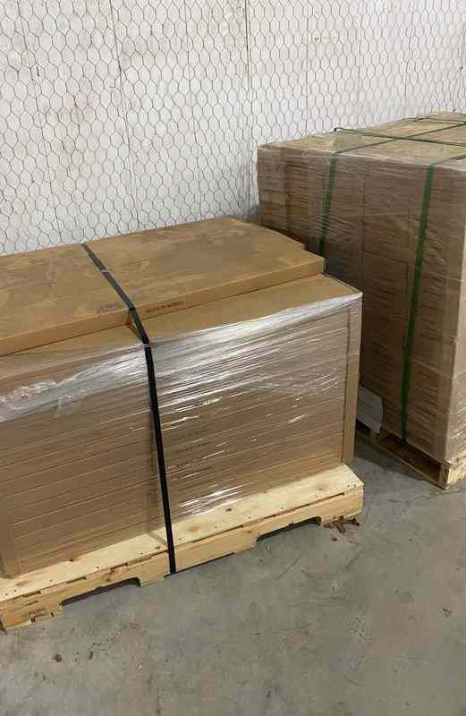 Luxury vinyl flooring!!! Only .67 cents a sq ft!! Liquidation close out! W0O7P