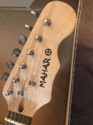 Photo Mahar Electric guitar
