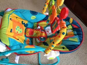 Like new Baby swing/vibrating chair for Sale in Arlington, VA