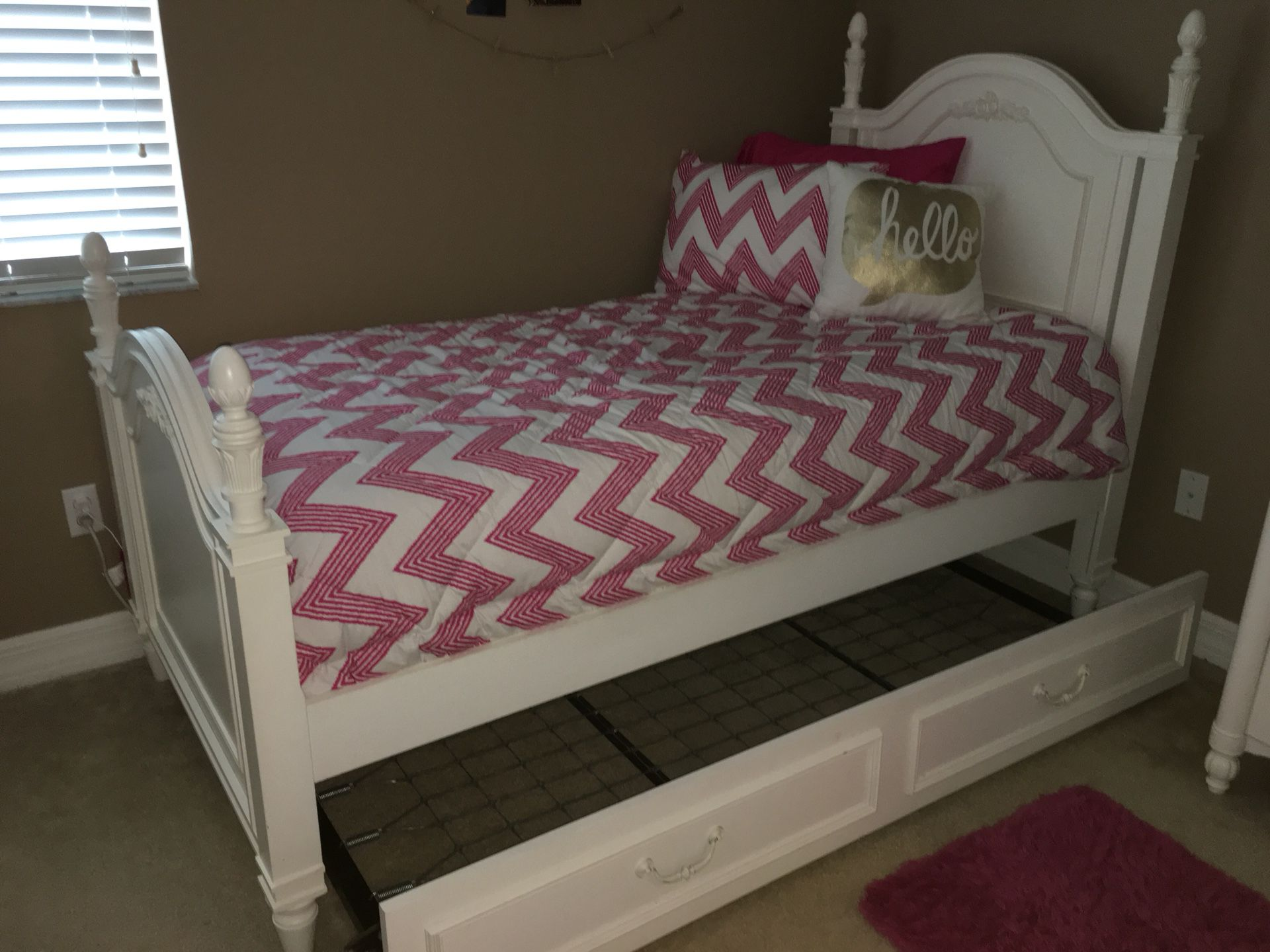 Stanley Furniture Young Living Isabella Twin Bedroom Set For Sale In Spring Hill Fl Offerup