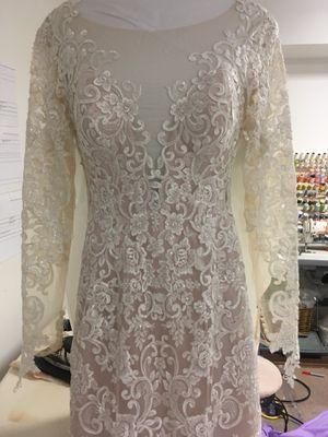 Se venden vestidos de novia y de color for Sale in Lincolnia, VA