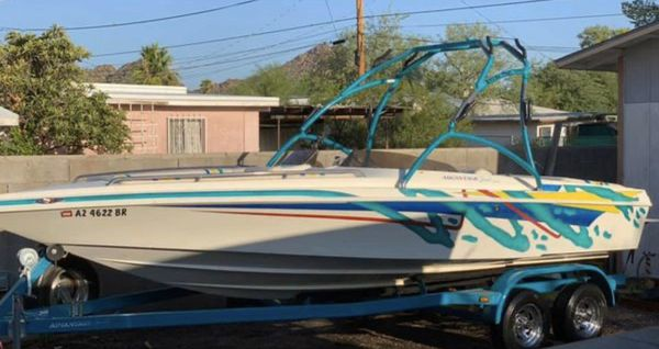 2002 advantage 22ft open bow boat with wake tower