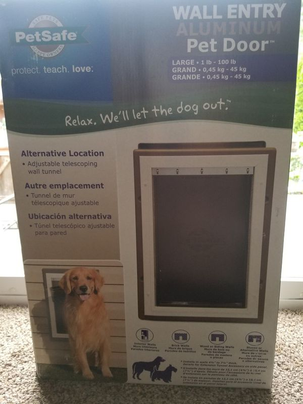 Petsafe Wall Entry Pet Door Large Pet Supplies In Tacoma Wa Offerup
