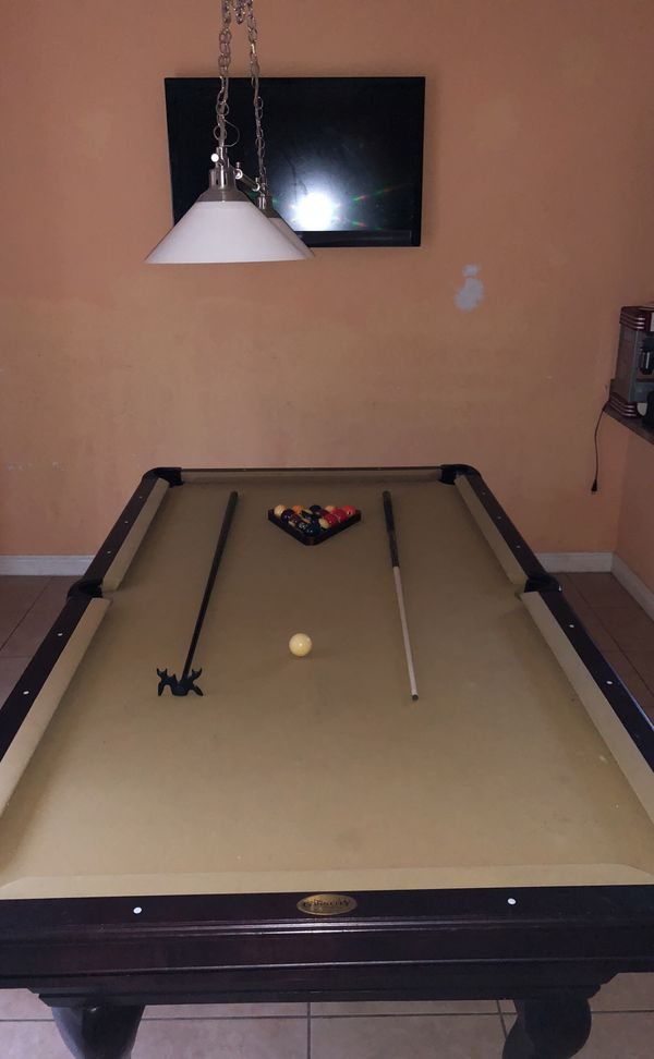 Connelly Billiards Pool Table For Sale In Pembroke Pines FL OfferUp - Connelly billiards pool table