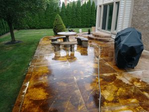 Pressure Washing & Deck Staining for Sale in Detroit, MI