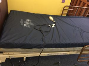 Hospital bed like brand new for Sale in Manassas, VA